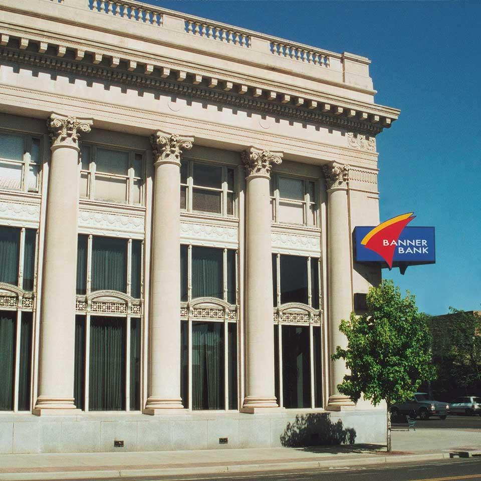 Banner Bank branch in Sandpoint, Idaho