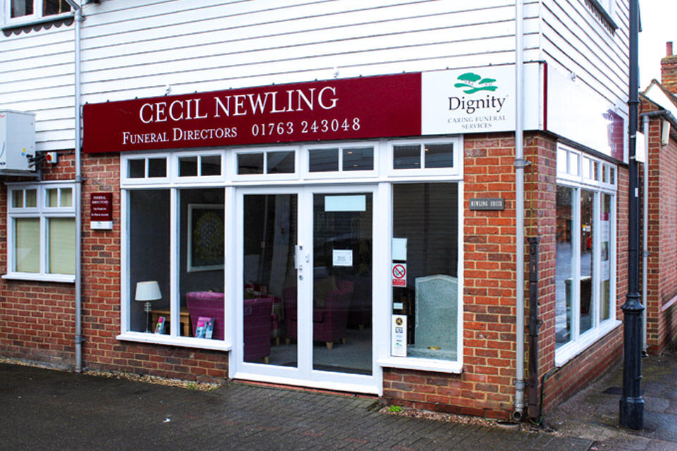 Cecil Newling Funeral Directors in Market Hill, Royston