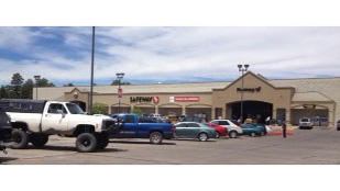 Safeway Store Front Picture at 900 W Deuce Of Clubs in Show Low AZ