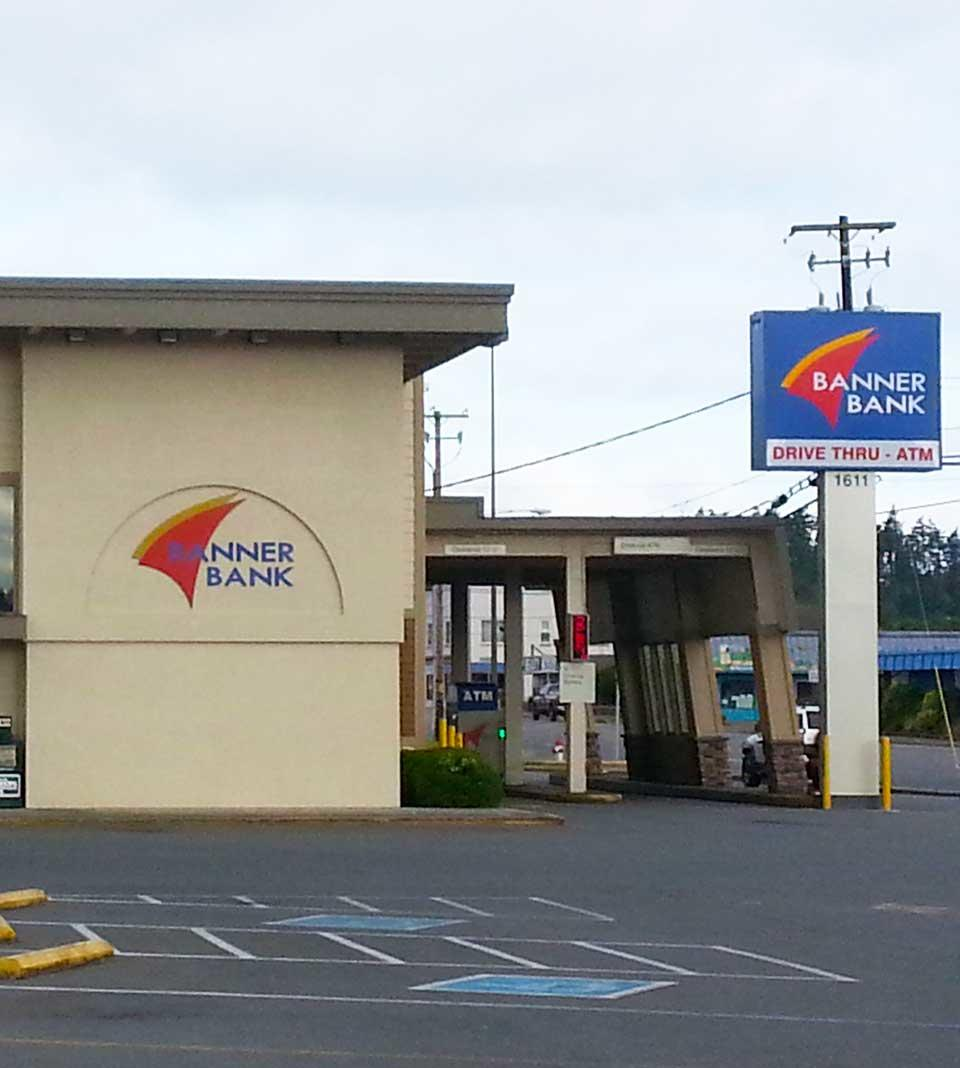 Banner Bank branch in North Bend, Oregon