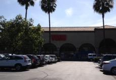Vons Store Front Picture at 6951 El Camino Real in Carlsbad CA