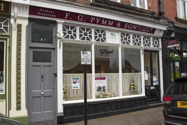 F G Pymm & Son Funeral Directors in Windsor