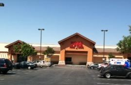 Vons Store Front Picture at 7390 Cherry Ave in Fontana CA