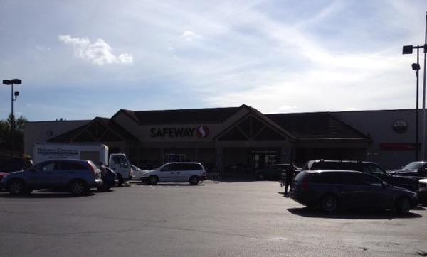 Safeway Westfield St Store Photo