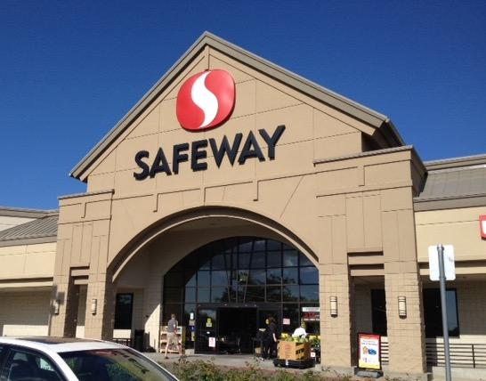 Safeway Store Front Picture at 5660 Commercial St SE in Salem OR