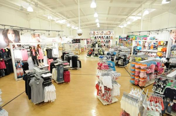 Mothercare Falkirk store overview
