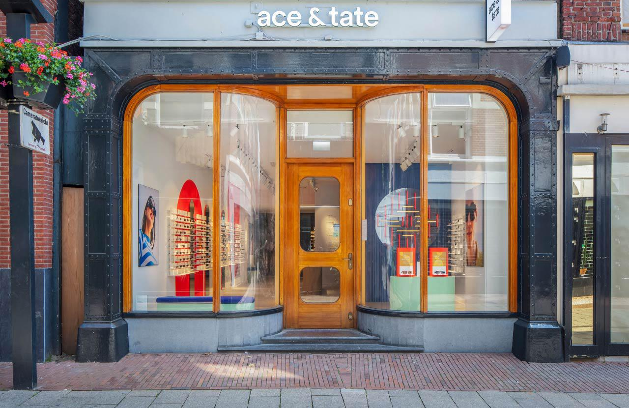 Ace & Tate Haverstraatpassage store interior