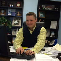 Brian-Ralph-Family-Allstate-Insurance-Plum-PA-desk-working-hard-auto-home-life-car-agent-agency-customer-service