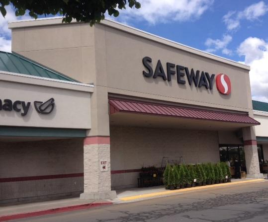 Safeway Store Front Photo at 2650 NE Highway 20 in Bend OR