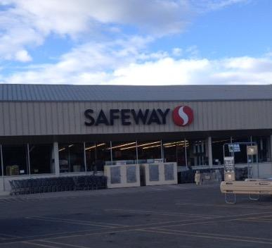 Safeway store front picture of 601 W North St in Enterprise OR