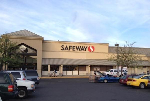 Safeway Mission Ave Store Photo
