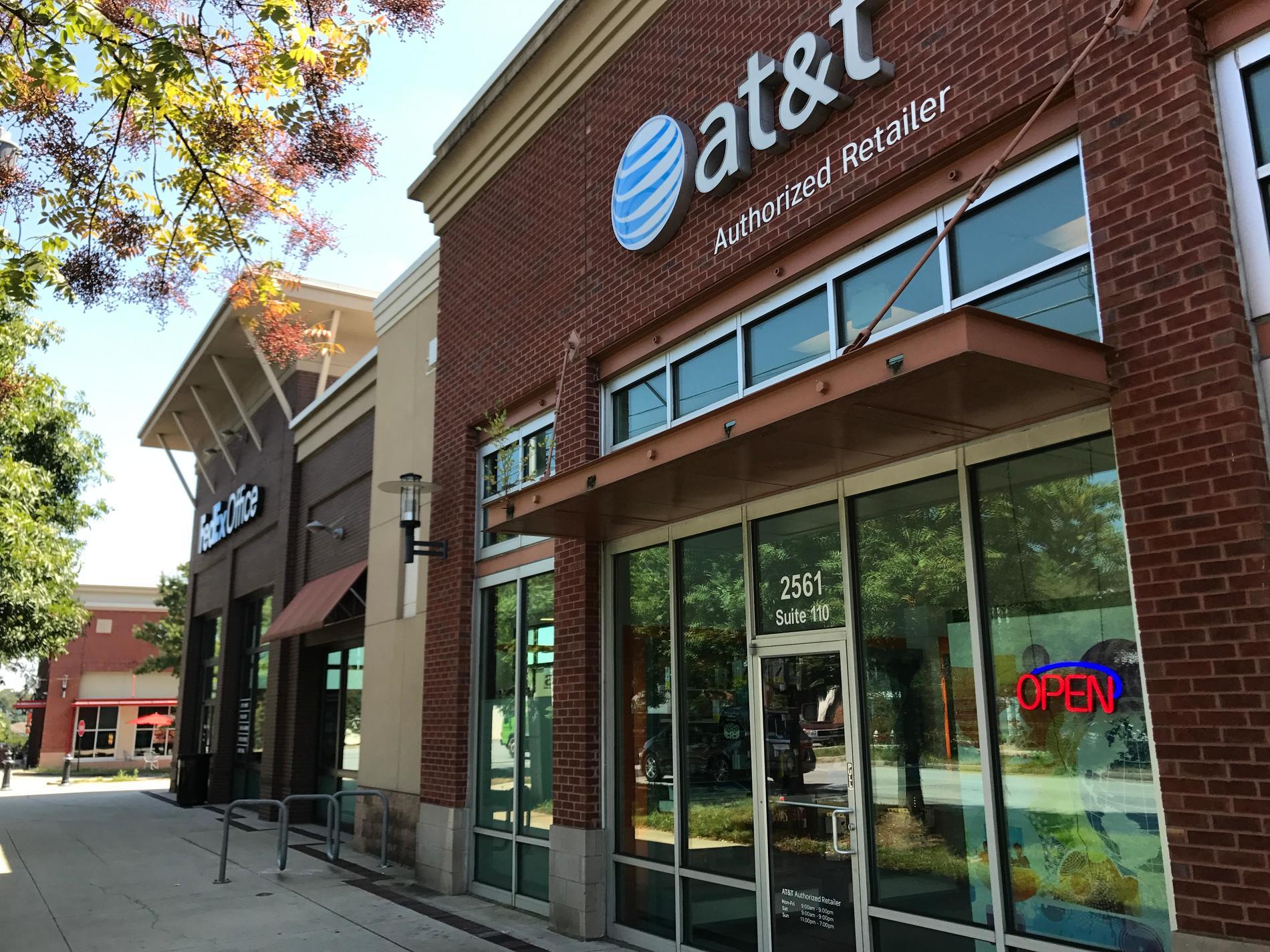 At T Store 2561 Piedmont Rd Atlanta Ga At T Experience