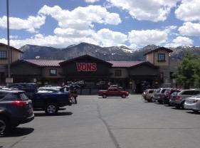 Vons Store Front Picture at 481 Old Mammoth Rd in Mammoth Lakes CA
