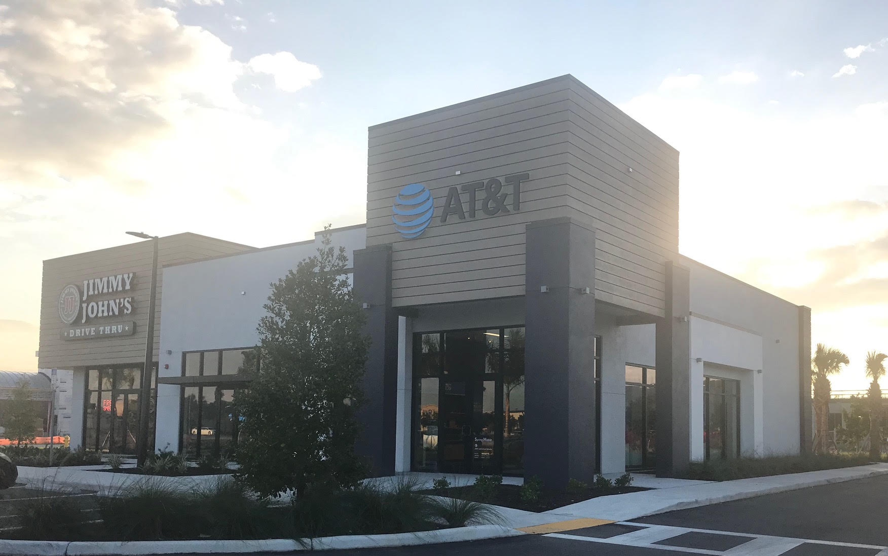 AT&T Fort Myers, FL - Exterior