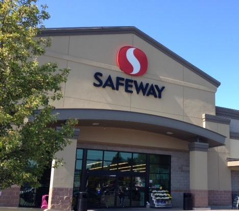 Safeway Store Front Photo at 1540 Main St in Sweet Home OR