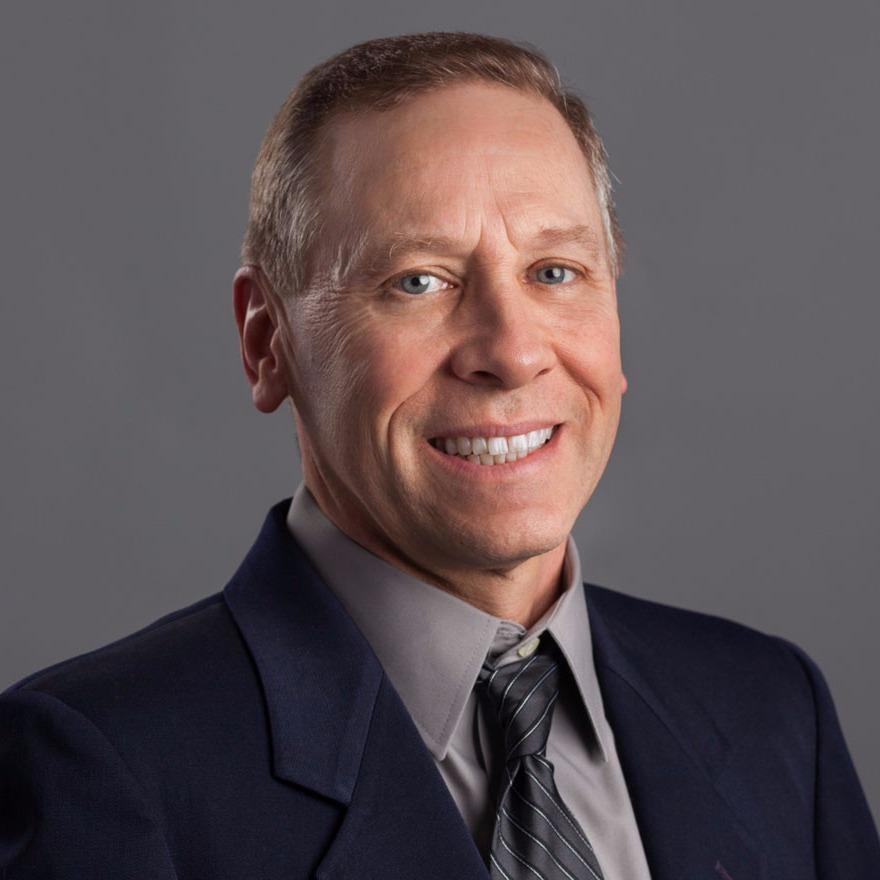 Headshot photo of Jeffrey S Geist, DDS
