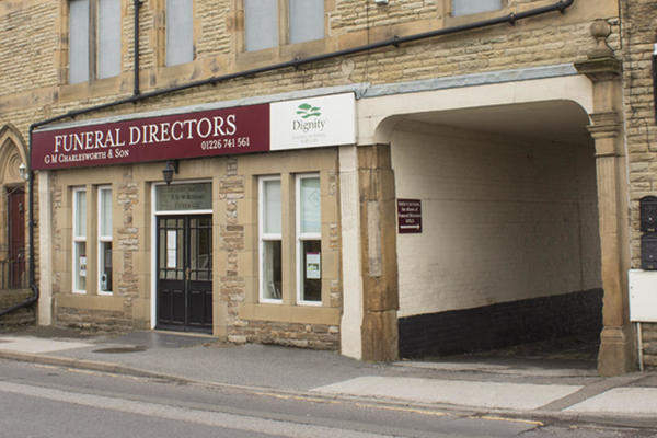 G M Charlesworth & Son Funeral Directors in Hoyland Common, Barnsley