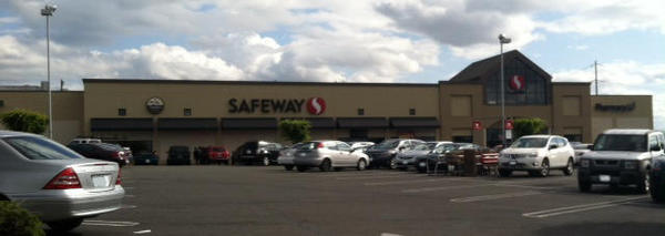 Safeway Store Front Picture at 1302 S 38th St in Tacoma WA
