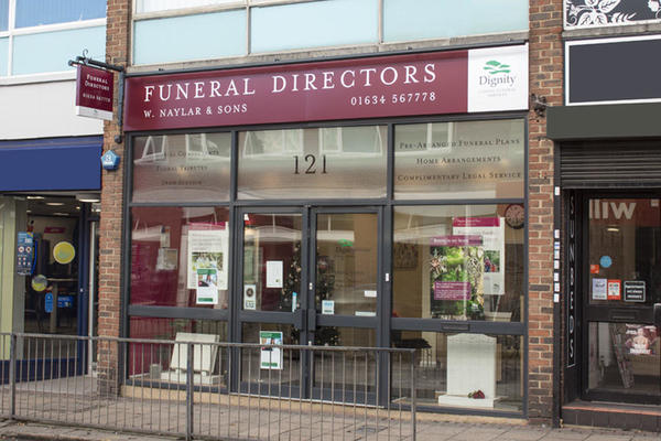 W Naylar & Sons Funeral Directors in Strood