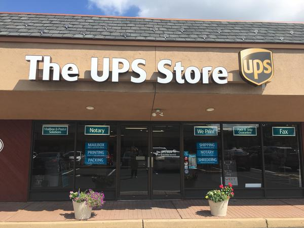 Facade of The UPS Store Manalapan