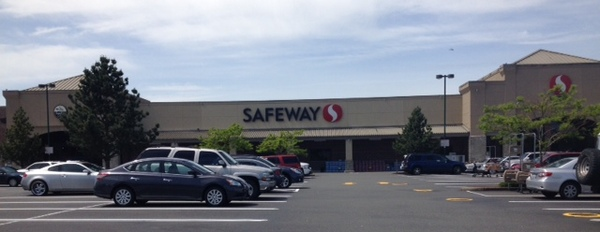 Safeway Pharmacy at 13308 Meridian E Puyallup, WA