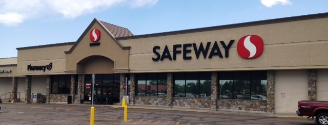 Safeway Store Front Picture at 3526 W 10th St in Greeley CO