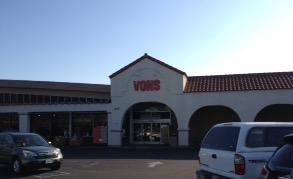Vons Store Front Picture at 1125 Maricopa Highway in Ojai CA