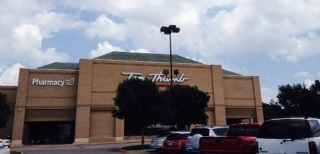 Tom Thumb Storefront Picture at 14280 Marsh Lane in Addison TX