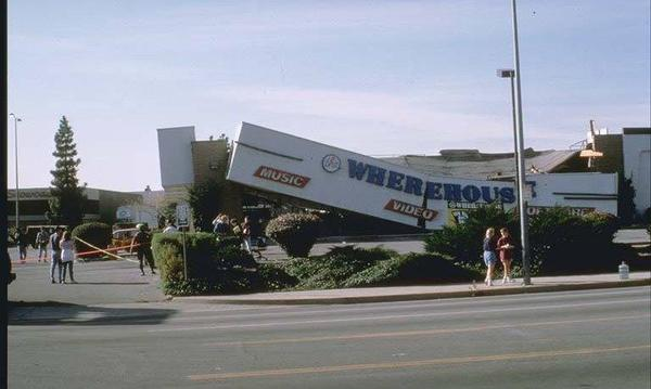 Wherehouse records building after the Northridge earthquake