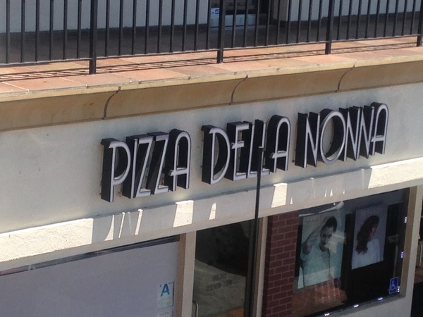 Pizza Della Nonna located @ 1570 S Western Ave Suite # 106 Los Angeles, CA.