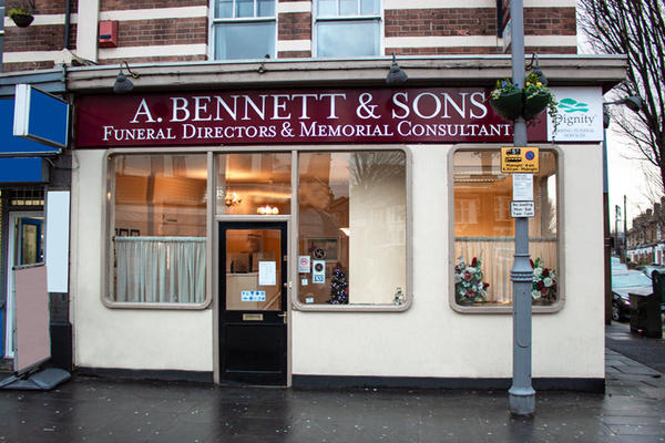 A Bennett & Sons Funeral Directors in Walthamstow