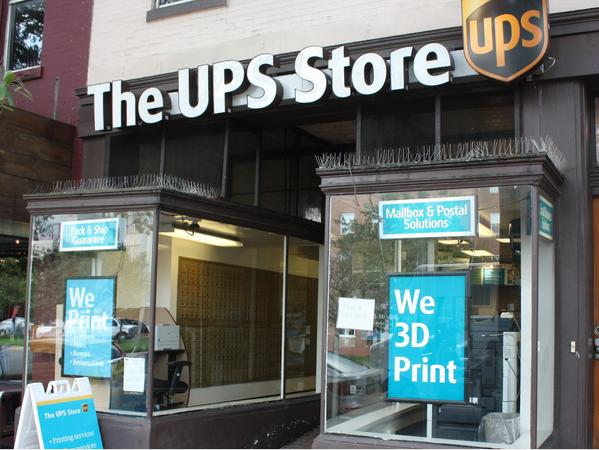 Facade of The UPS Store Washington