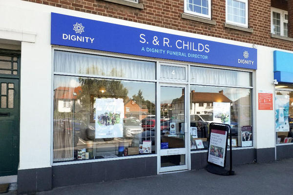 S & R Childs Funeral Directors in Botley, Oxford, Oxfordshire.