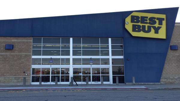Best Buy Plymouth Building