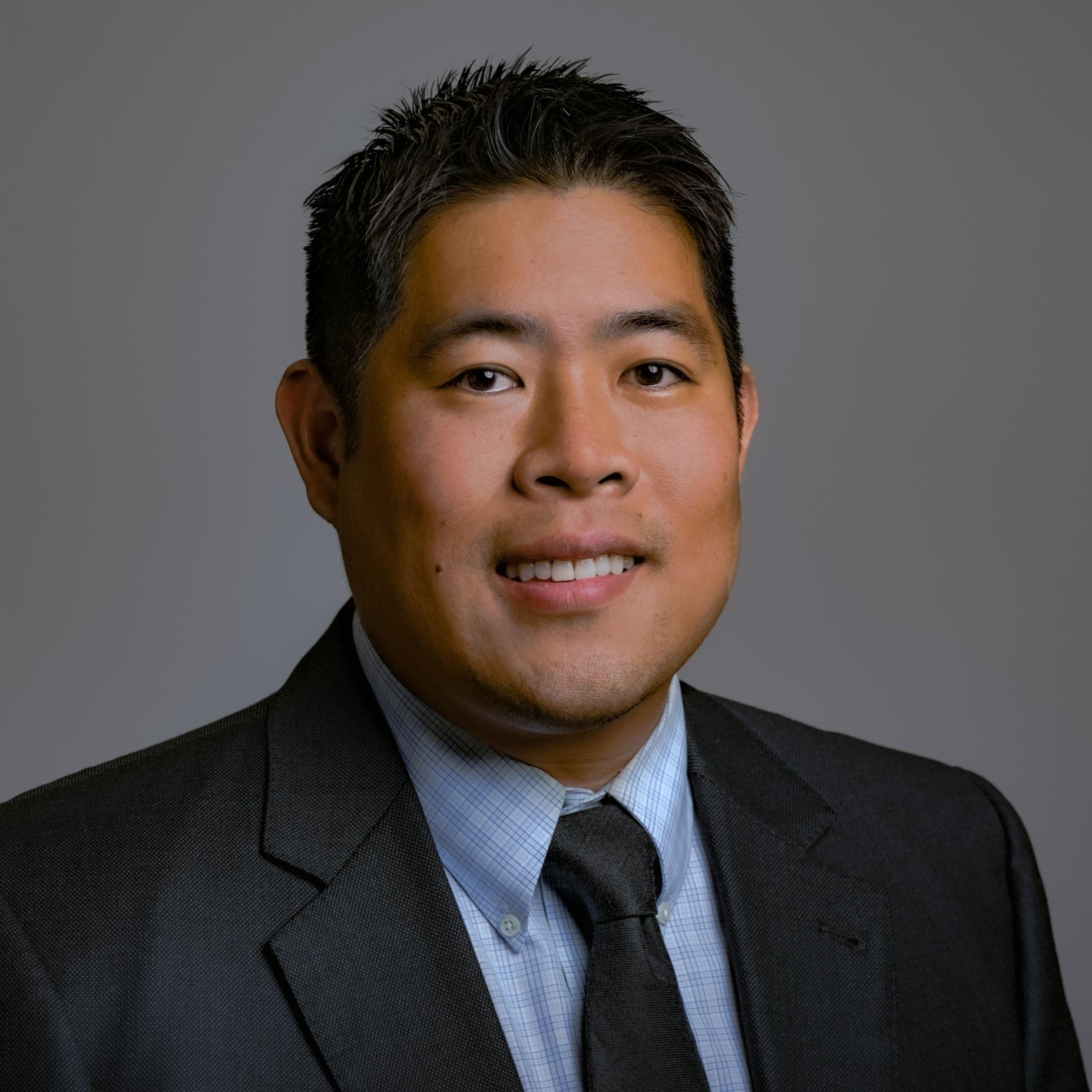 Headshot photo of Joseph S Tan, DDS