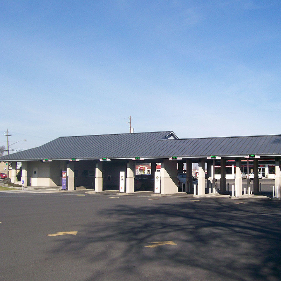 Banner Bank drive-thru banking center in Hermiston, Oregon