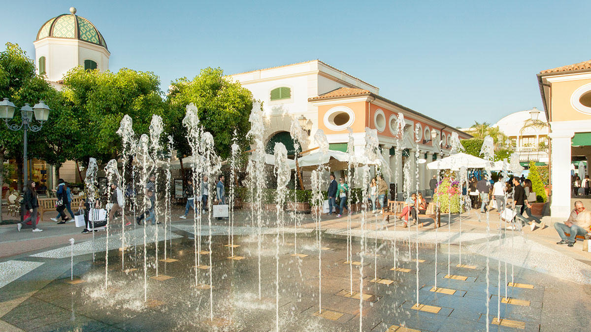 La Reggia Designer Outlet at Marcianise, Italy | Designer Outlet ...
