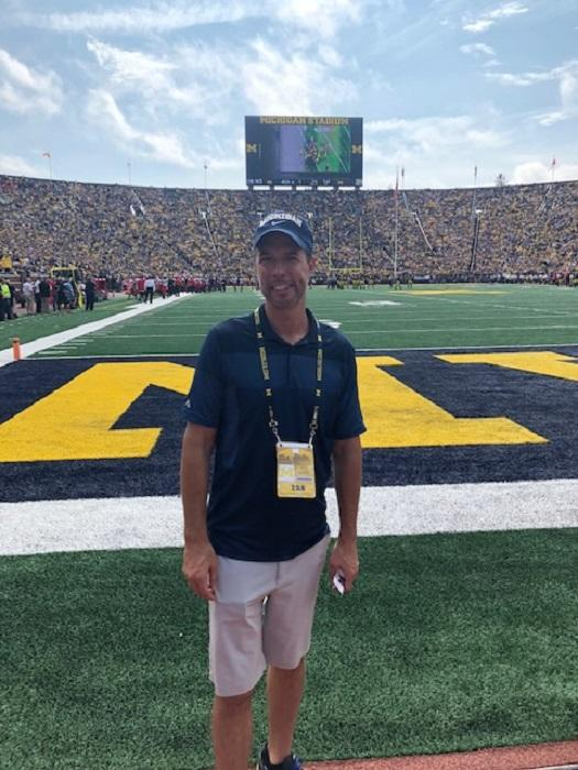 Kevin Mlynarek - A Good Time at the University of Michigan Game
