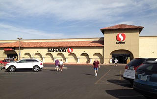 Safeway Store Front Picture at 13503 Camino Del Sol in Sun City West AZ