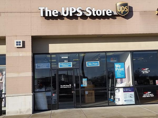 Exterior storefront image of The UPS Store #4757 in Wentzville, MO