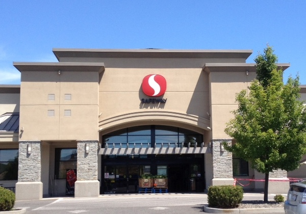 Safeway Pharmacy SE Bishop Blvd Store Photo
