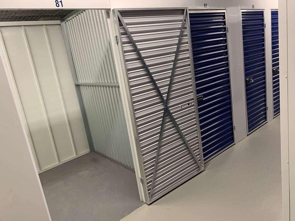 N 7th storage facility interior