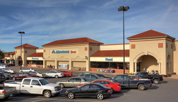 Albertsons Store Front Picture at 320 Casa Linda Plaza in Dallas Tx