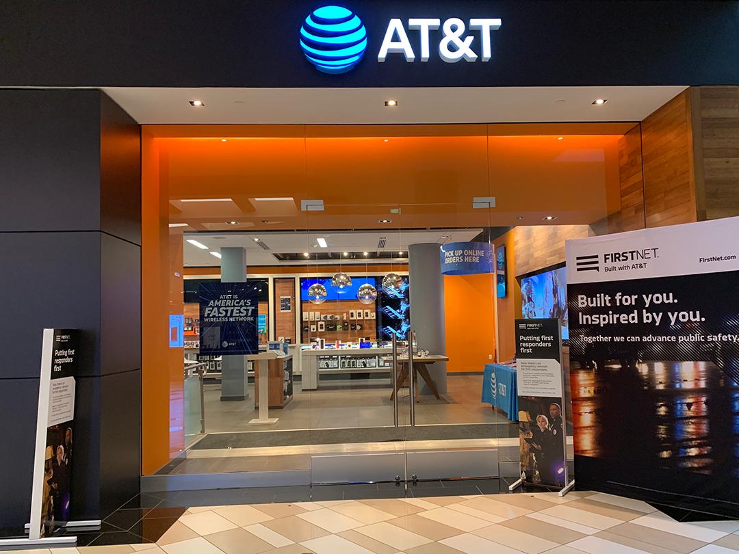 AT&T Store - Crossgates Mall - Albany, NY