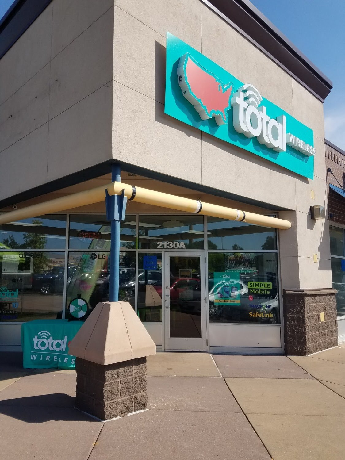 Total Wireless Store front image in Minneapolis,  MN