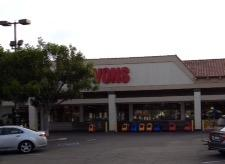 Vons Store Front Picture at 5688 Telephone Rd in Ventura CA