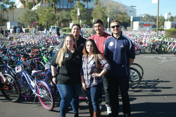 Nicholas Sakha - A Great Time at the 98.5 KLUC Chet Buchanan Show Toy Drive!