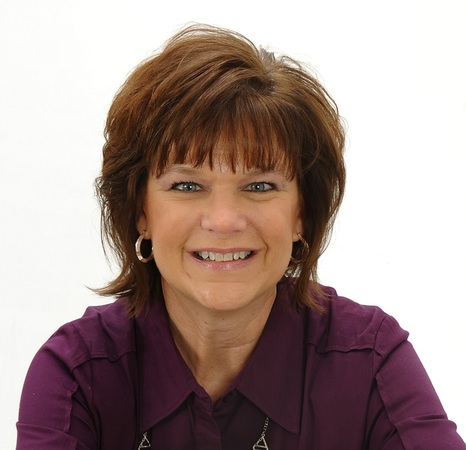 Photo of Debbie Isgrigg