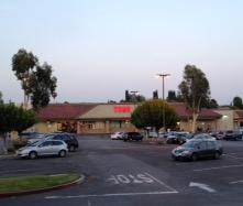Vons Store Front Picture at 350 N Lemon Ave in Walnut CA