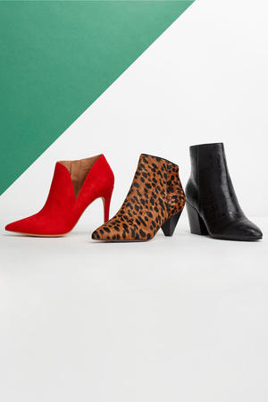 different kinds of women's boots for fall and winter